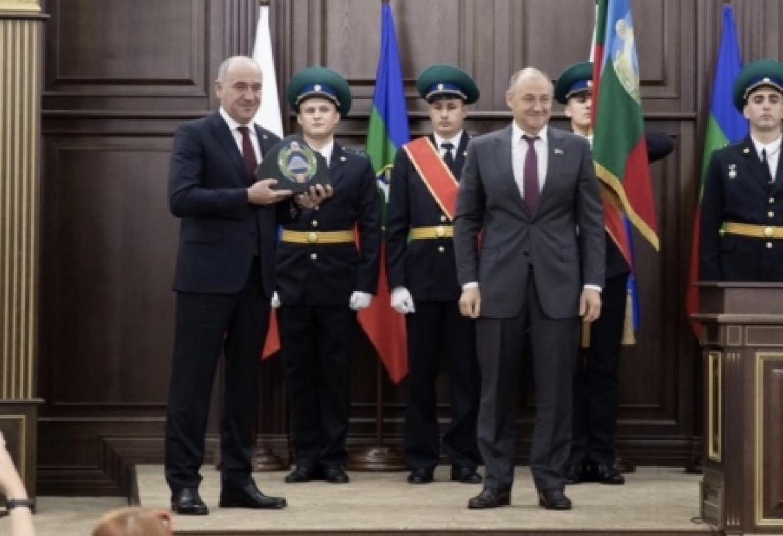 Сергей Меликов поздравил Рашида Темрезова с переизбранием на пост Главы Карачаево-Черкесии